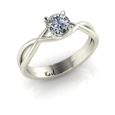 Pretty Woman engagement ring